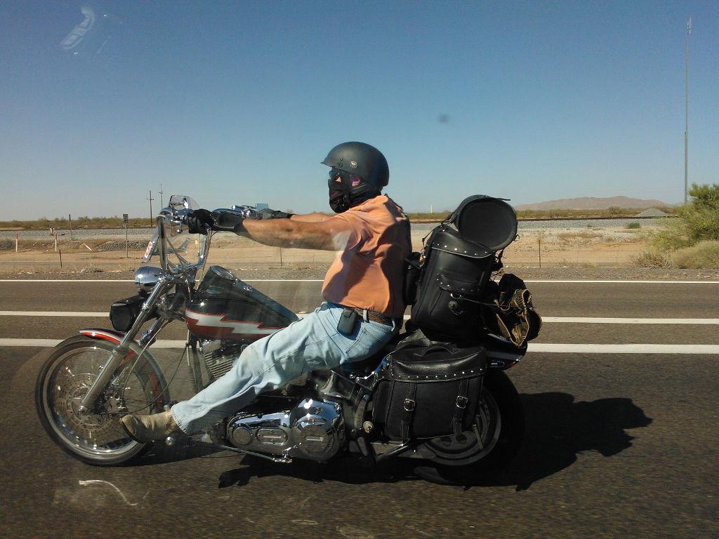 Motorkář v Arizoně